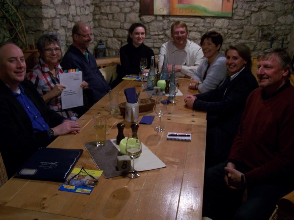 Teilnehmer des Stammtisches der Nieder-Olmer FDP
